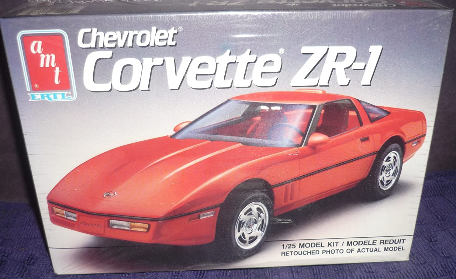 descuento 6073 6073 6073 AMT 1990 Chevrolet Corvette ZR-1 1/25 Scale Plastic Model Kit by ERTL by ERTL  caliente