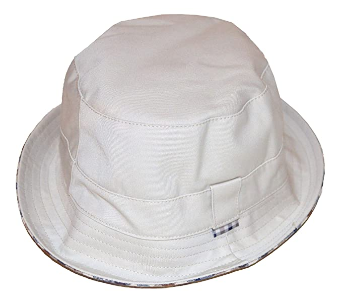 e02d1a028da Aquascutum Reversible Bucket Hat - AAFB17SACUM- Light Beige  Amazon.co.uk   Clothing