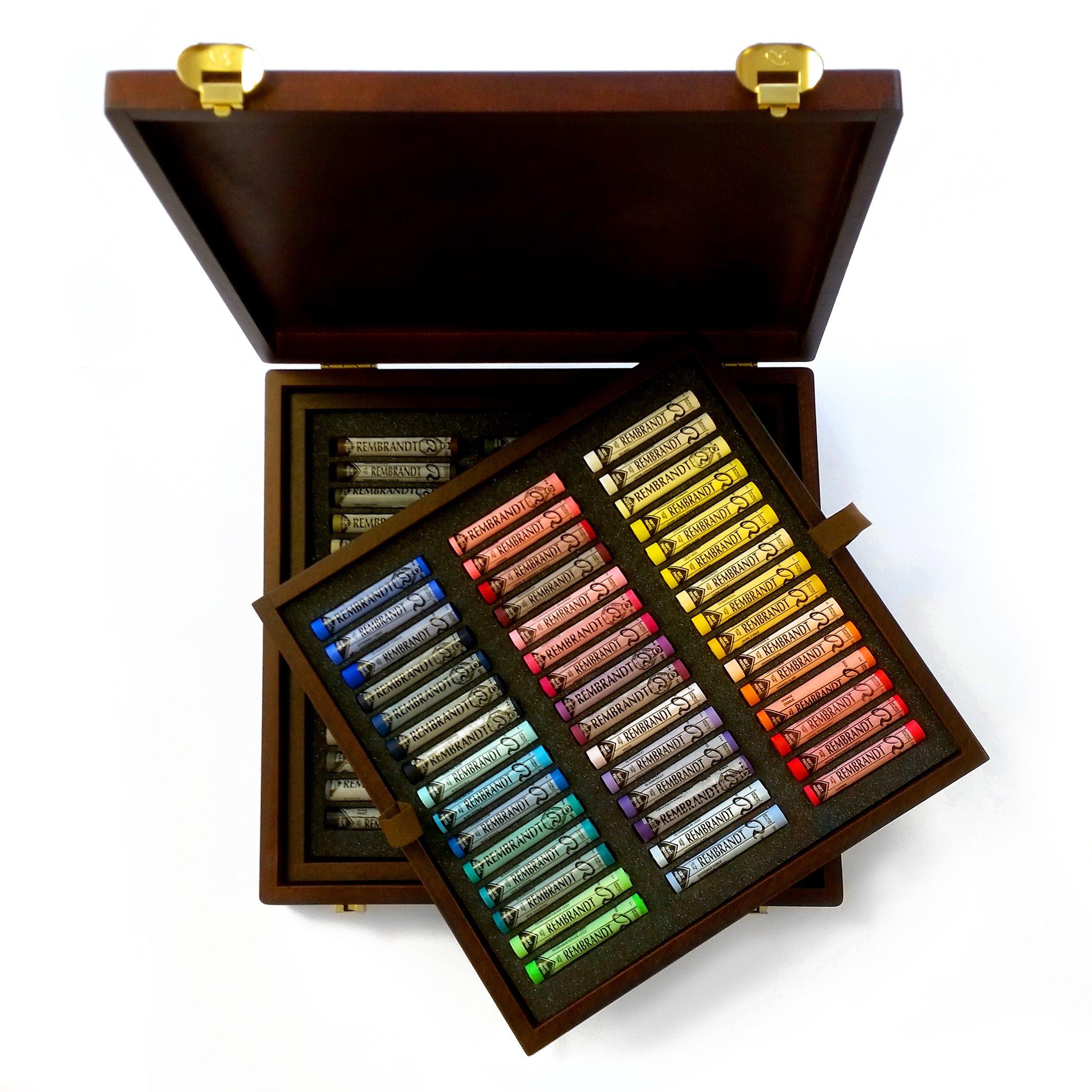 SOFT PASTELS WOODEN BOX OF 90 LANDSCAPE by Rembrandt