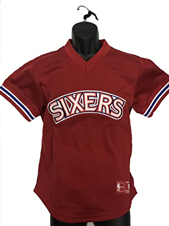 save off 9a74a 03e8a Amazon.com: Mitchell & Ness Philadelphia 76ers Jersey: Clothing