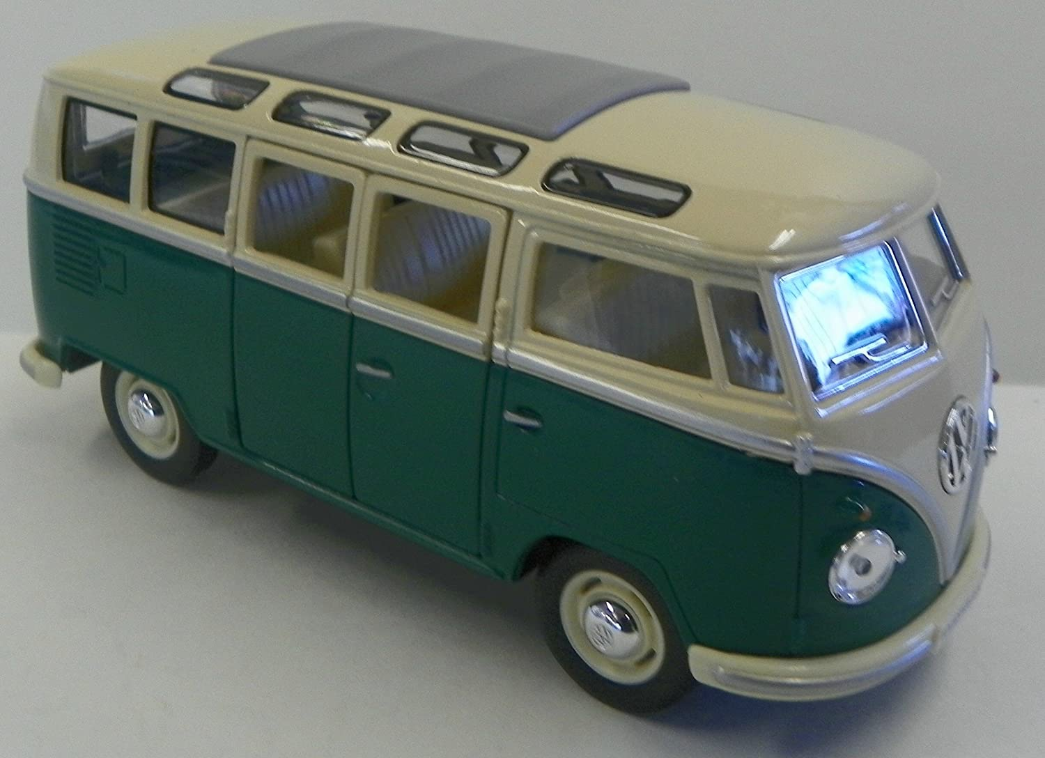 Kinsmart 1 24 Scale Diecast 1962 Volkswagen Classical Bus in Color Green with White Top
