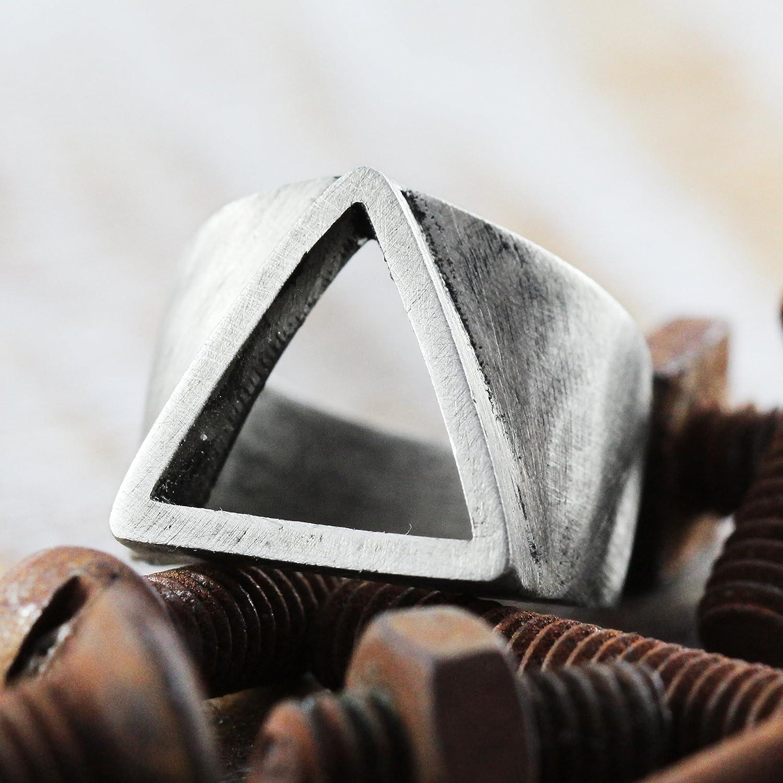 Amazon com: Carpe Diem Jewelry Silver Triangle Ring Mens Geometric