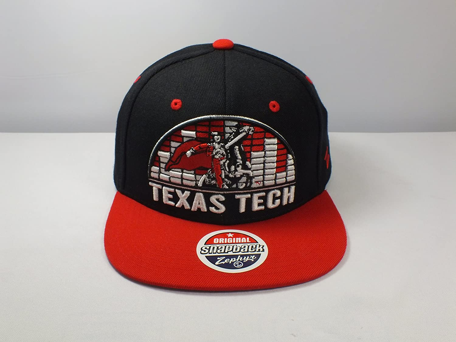 quality design 762c1 b5ac1 Amazon.com   Texas Tech NCAA Vintage Snapback Cap Adult Size   Sports    Outdoors