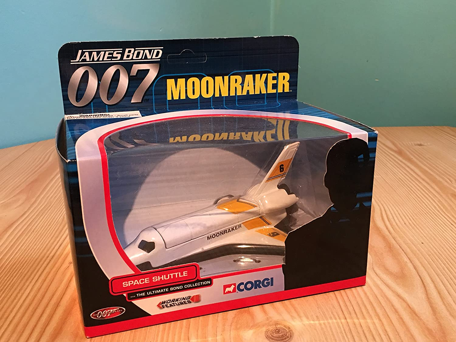 Amazon.com: Corgi - James Bond - 007 James Bond 007 Moonraker Space Shuttle: Toys & Games