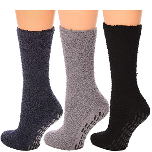 b0134067f Image Unavailable. Image not available for. Color  Debra Weitzner Non skid  Hospital Socks For Women Men Cozy ...