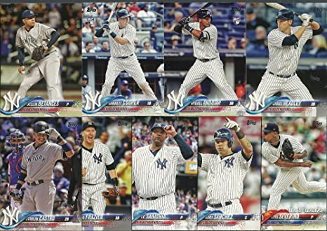 2018 Topps Heritage   Series 1   2 New York Yankees Team Set 58 ... 48e5fd47f5f
