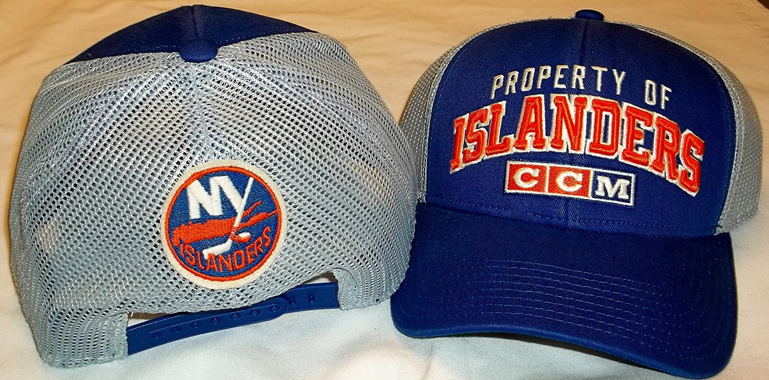 new arrival eb897 c8cd0 Amazon.com   CCM New York Islanders Curved Bill Structured Snap Back Hat -  OSFA - VZ28Z   Sports   Outdoors