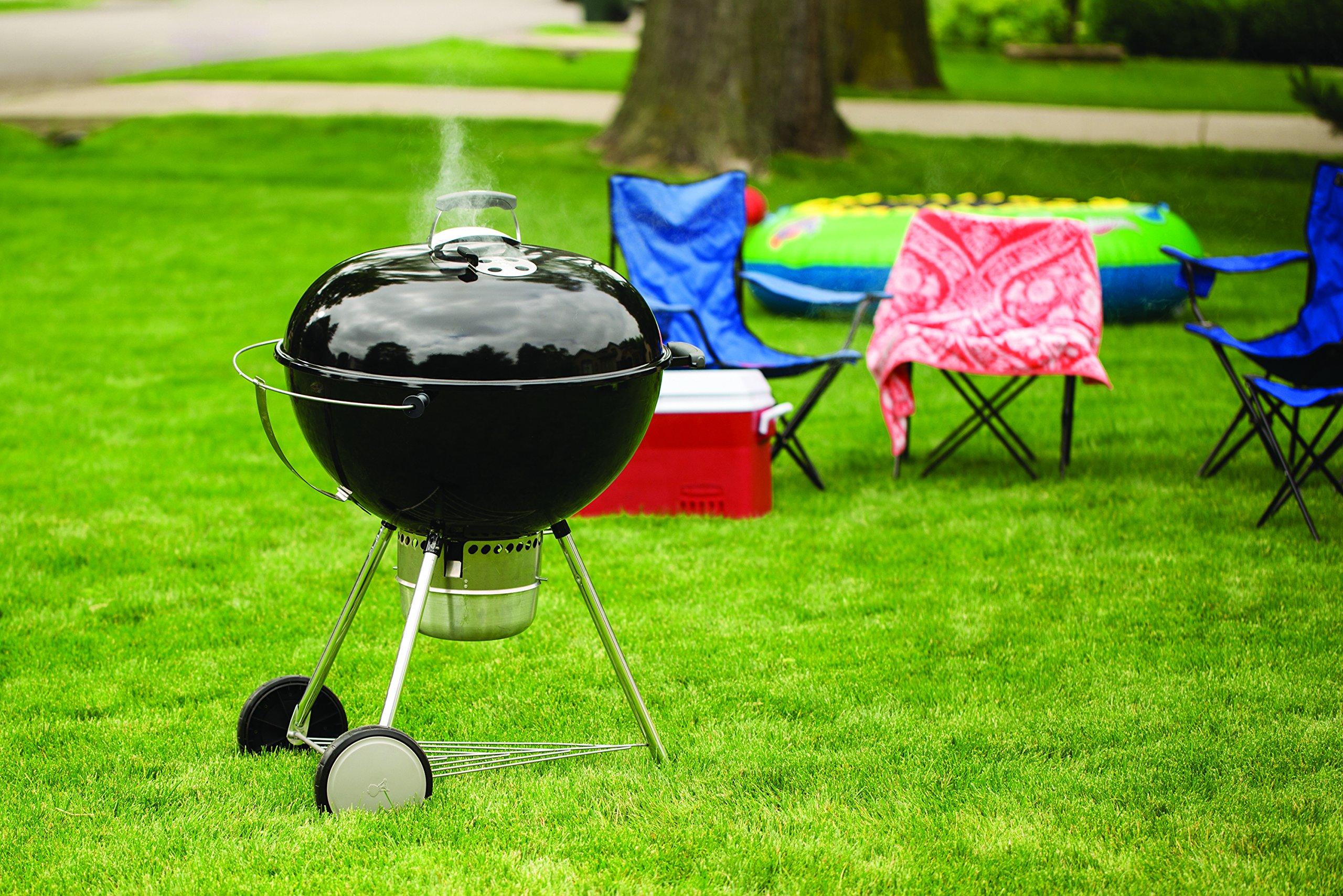 Weber 16401001 Original Kettle Premium Charcoal Grill, 26-Inch, Black