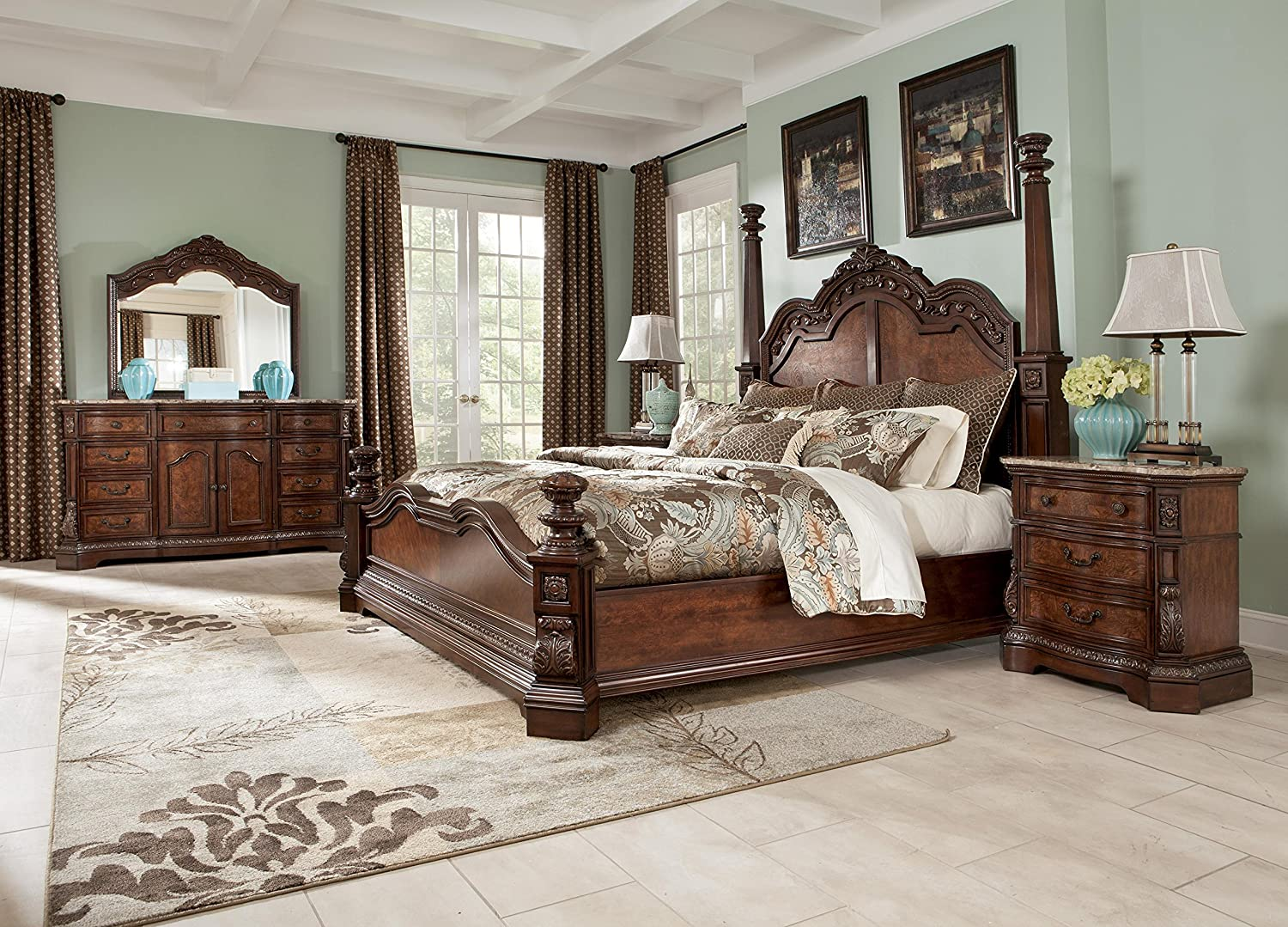 Amazon.com: Signature Design by Ashley Ledelle Bedroom Set with King ...