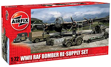 Airfix A05330 1:72 WWII Bomber Re-Supply Dioramas and Buildings Model Set