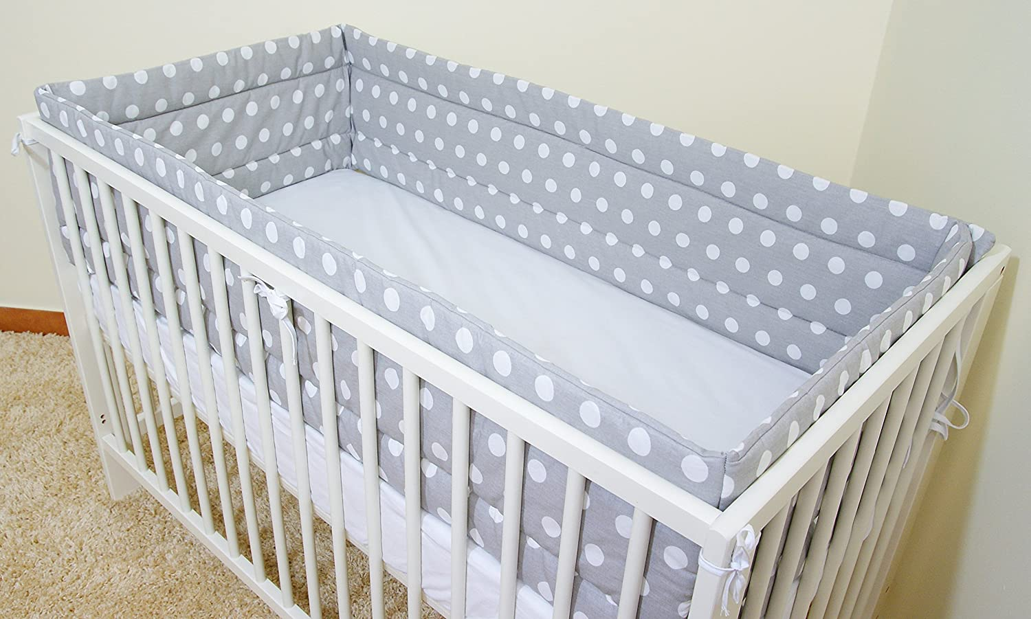 All round// all around Nursery bumper 420cm long// Paded// to  fit Baby cot bed