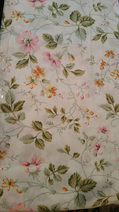 Amazon.com: Laura Ashley Spring Bloom Cal King Sheet Set (New Pattern): Home & Kitchen
