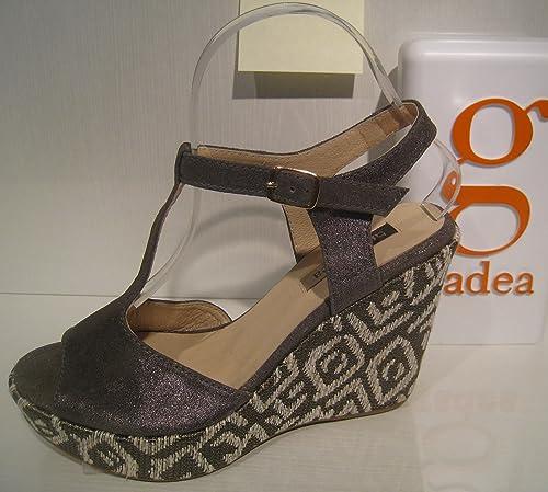 1a7abc2831b9b GADEA wedge sandal size 39 European ( size 8 North American): Amazon ...