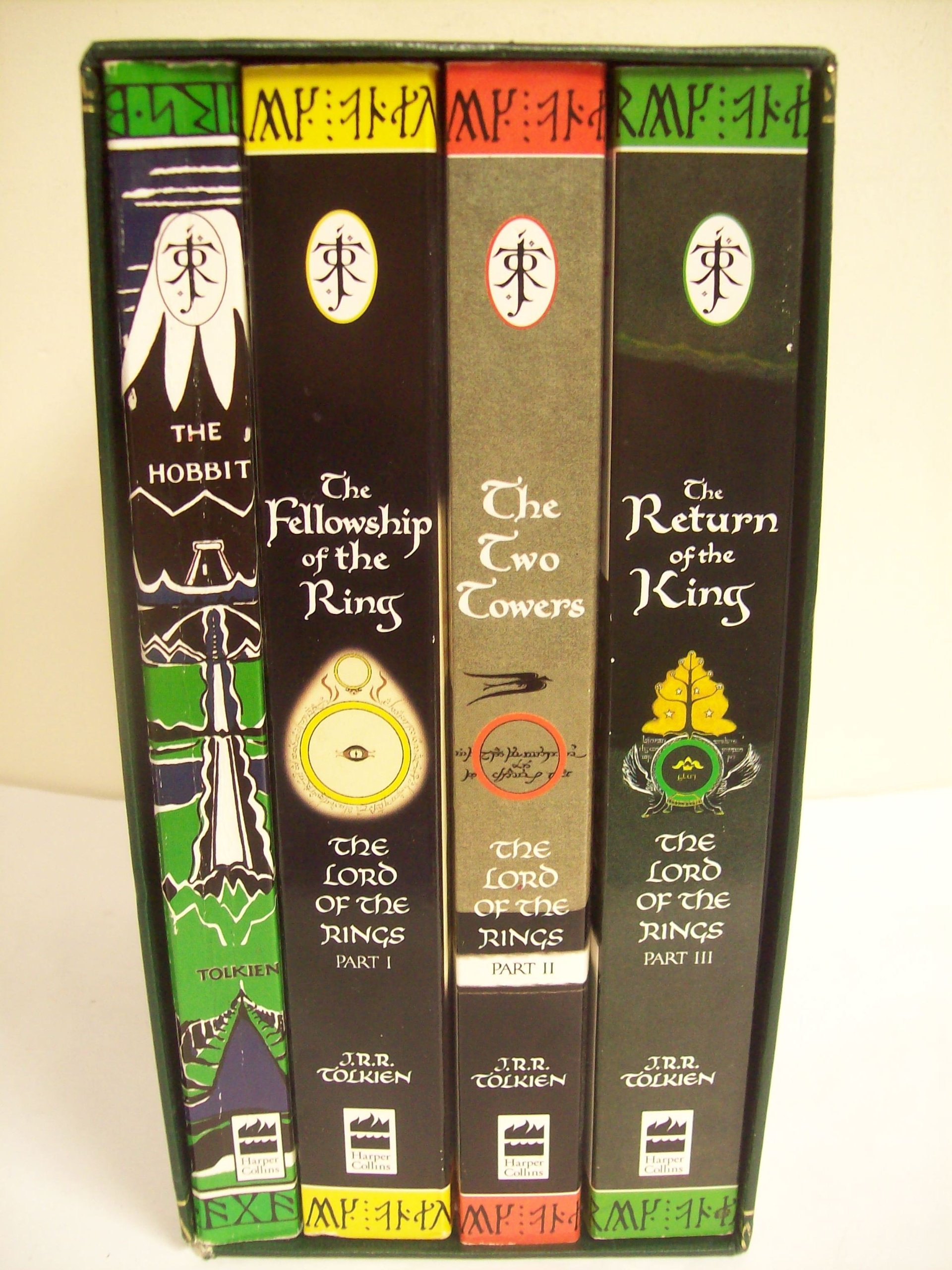 Box Set The Hobbit, The Fellowship of the Ring,The Two Towers The Lord of the Rings: Amazon.es: Libros
