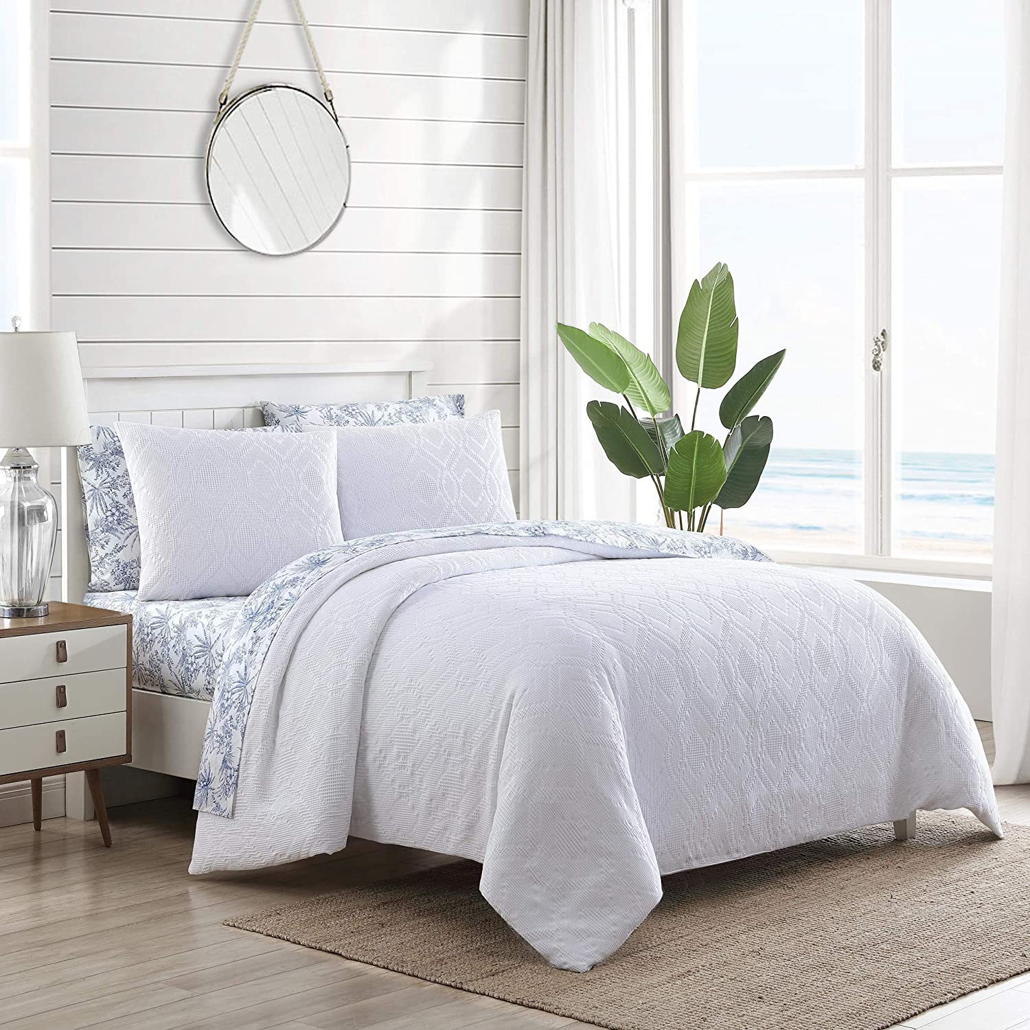 Tommy Bahama | Waffle Collection | Comforter Set Cotton Bedding in a Reversible Waffle Weave Texture, Queen, White