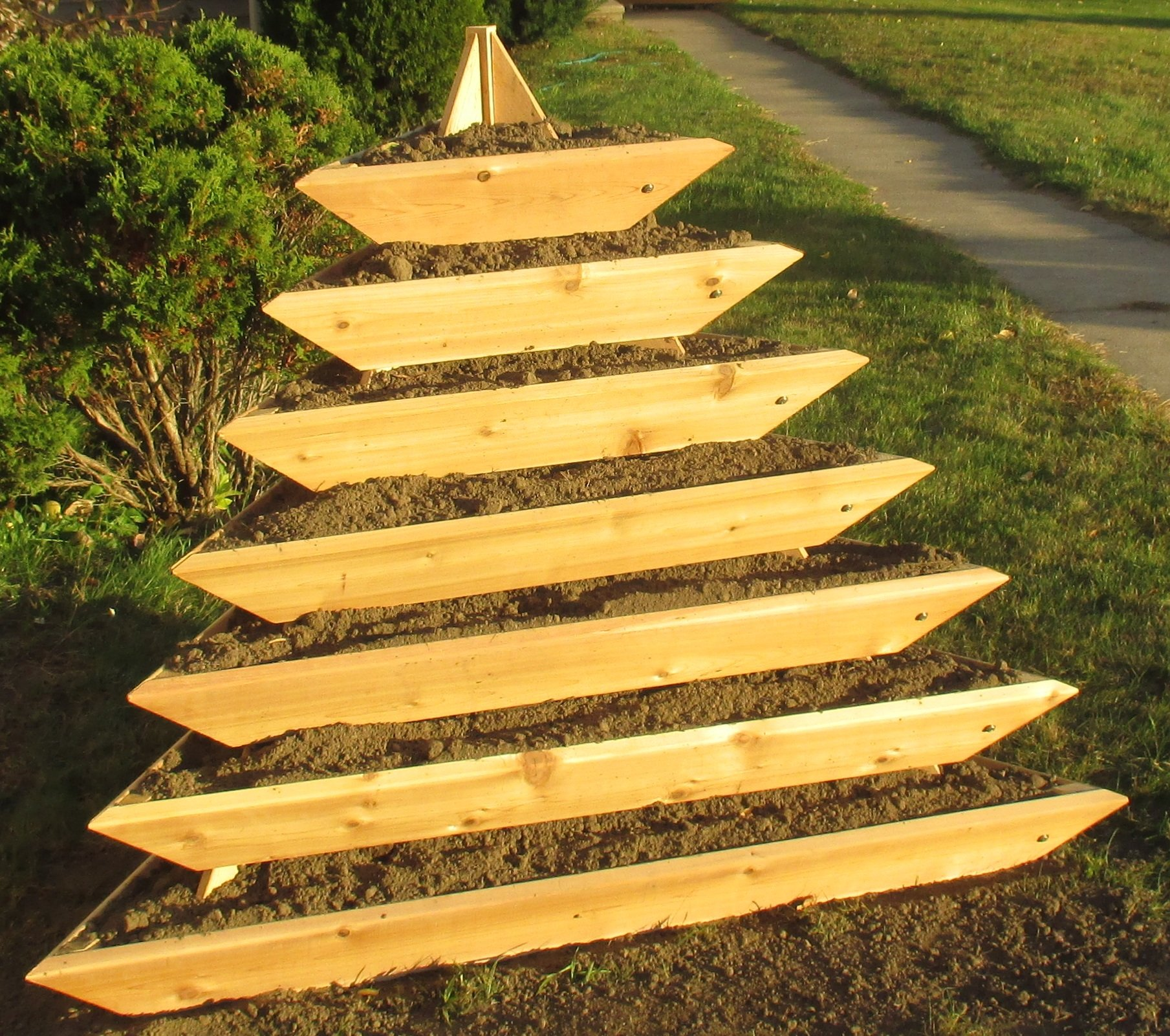 Pyramid Raised Garden by Infinite Cedar