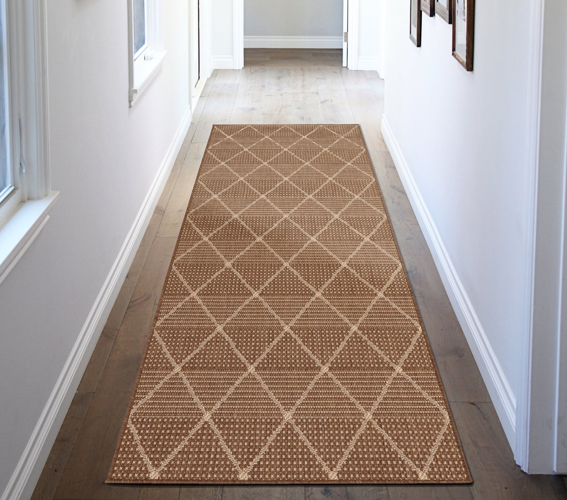 Ottomanson Jardin Collection Contemporary Trellis Design Indoor/Outdoor Jute Backing Synthetic Sisal Runner Rug, 2'7'' x 7'0'', Brown