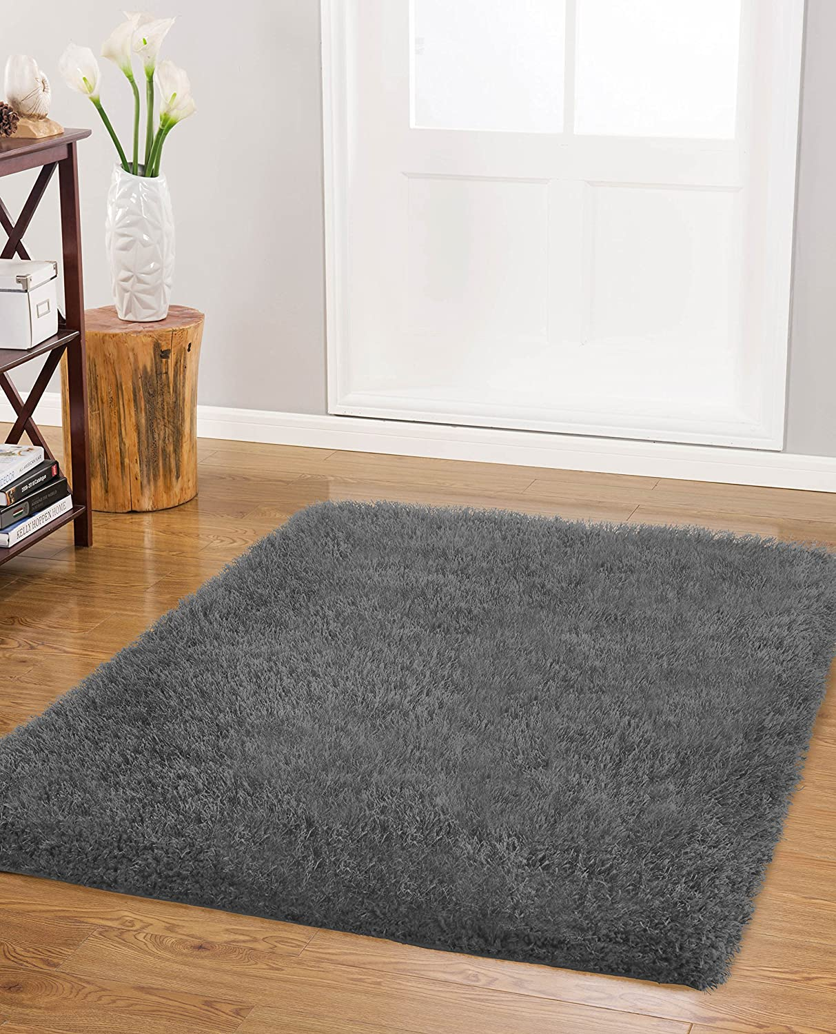 Vista Living Claudia Shag Area Rug 27 in. x 45 in., Charcoal