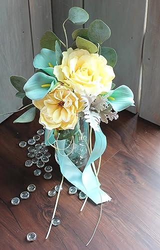 Bouquet-Spa Aqua Blue yellow cream rose bouquet