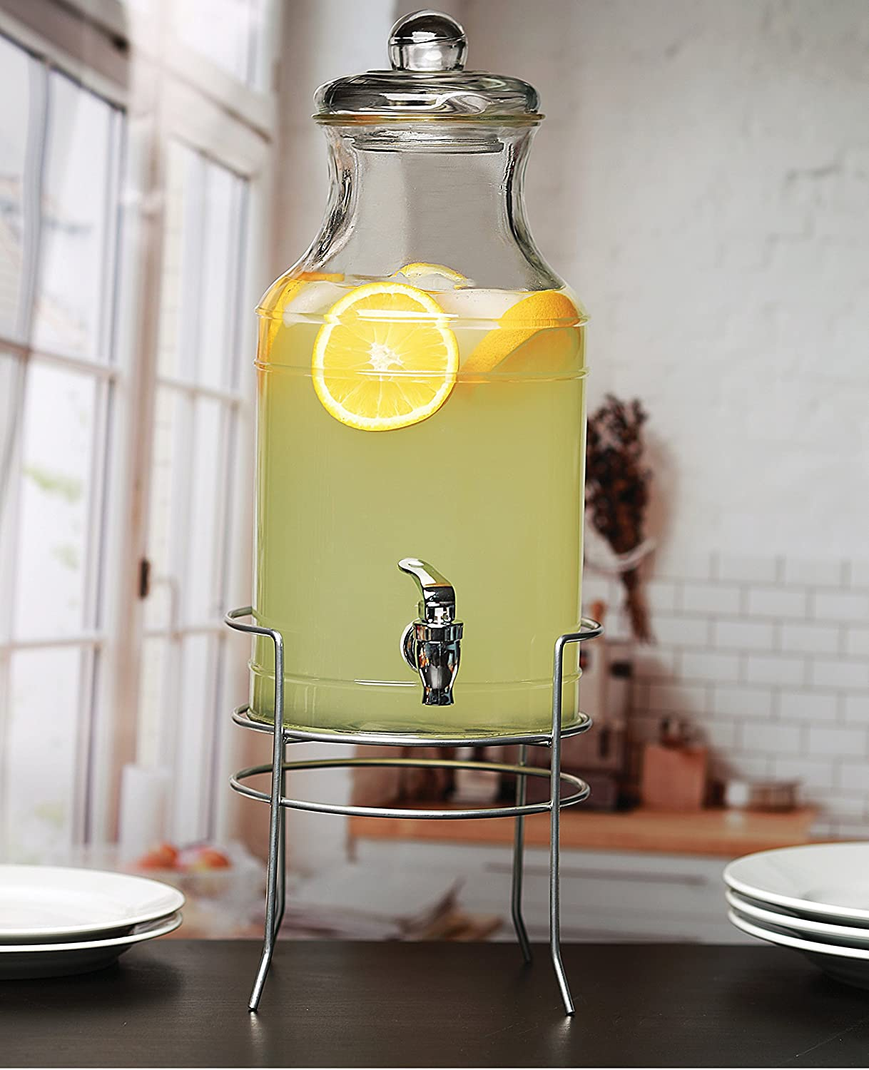 Circleware Lancaster Glass Beverage Drink Dispenser with Hermetic Locking Lid, 1 gallon, Clear 68116