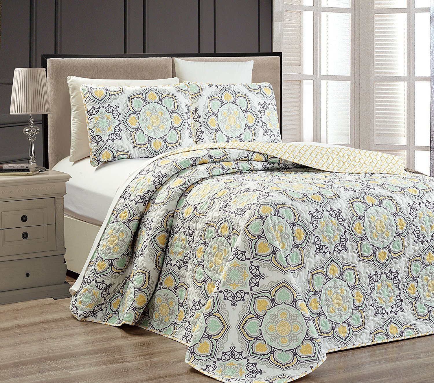 Mk Collection 3pc Queen Oversize Reversible Quilted Bedspread Set Floral Yellow White Gray Light Green New