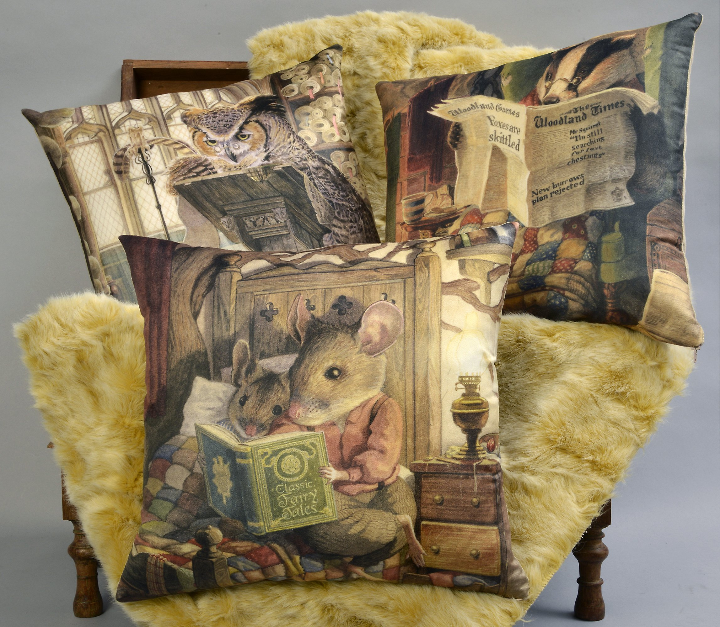 ADORABELLA Pantomime Animals Collection - Soft Touch Velvet Printed Pillow - Evening 17'' x 17'' Square Throw Pillow Home Decor Scatter Cushion - Complete With Insert by ADORABELLA (Image #4)