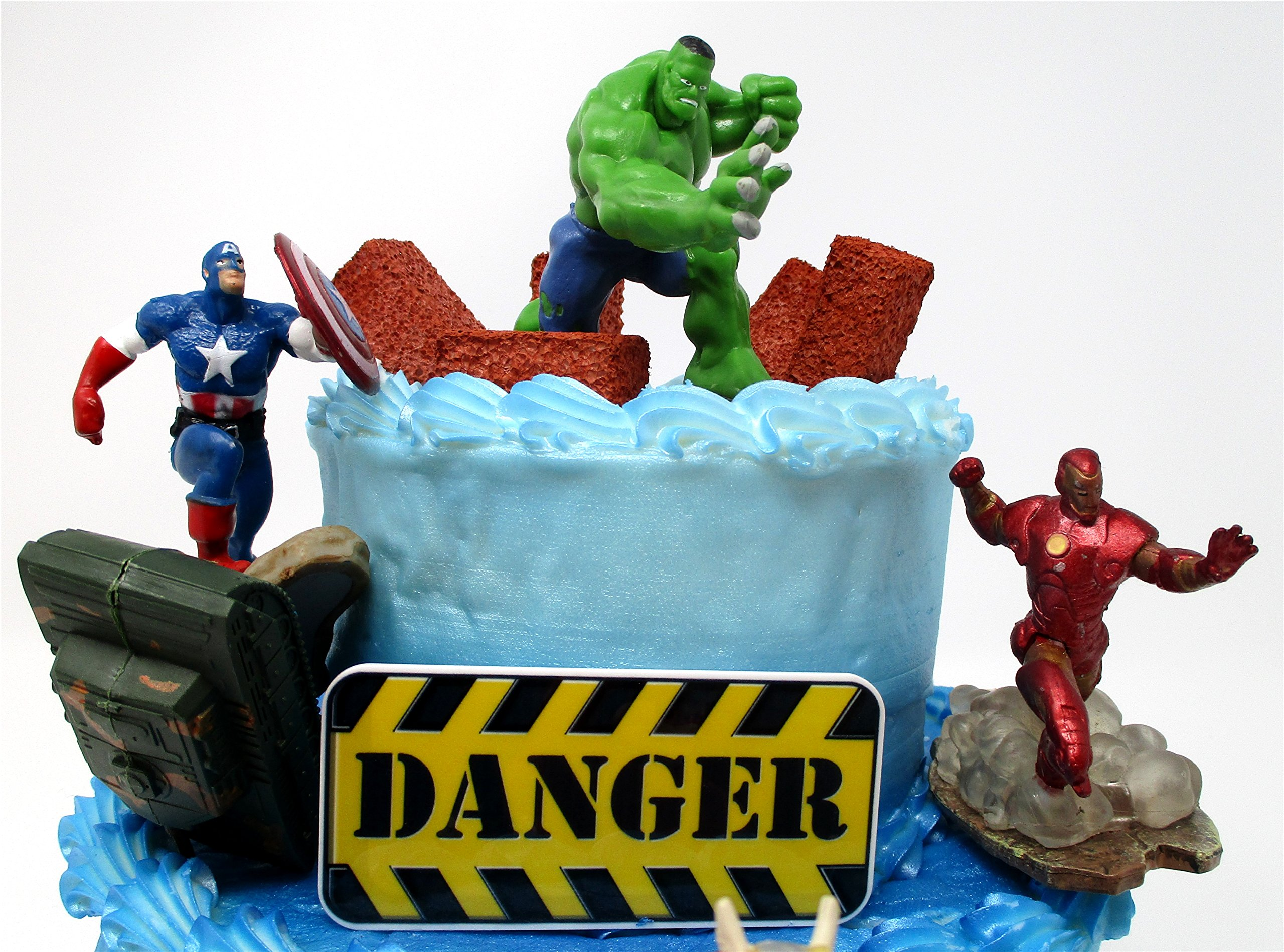 AVENGERS Deluxe Super Hero Birthday Cake Topper Set Featuring Avenger Figures and Decorative Themed Accessories by Cake Toppers (Image #3)