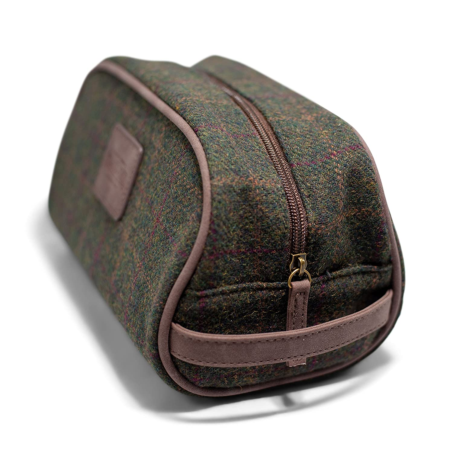 Luxury Toiletry Organizer Bag – Dopp Kit for Travel, Bathroom, Shower, and Shaving – Vintage Gentleman Plaid Exterior with Waterproof Interior – Extra Interior Zippered Pocket for More Storage
