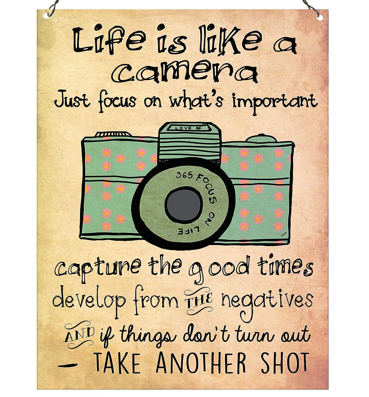La vita é come una macchina fotografica, targhetta da parete vintage con scritta in inglese, alta qualitá retro Dorothy Spring