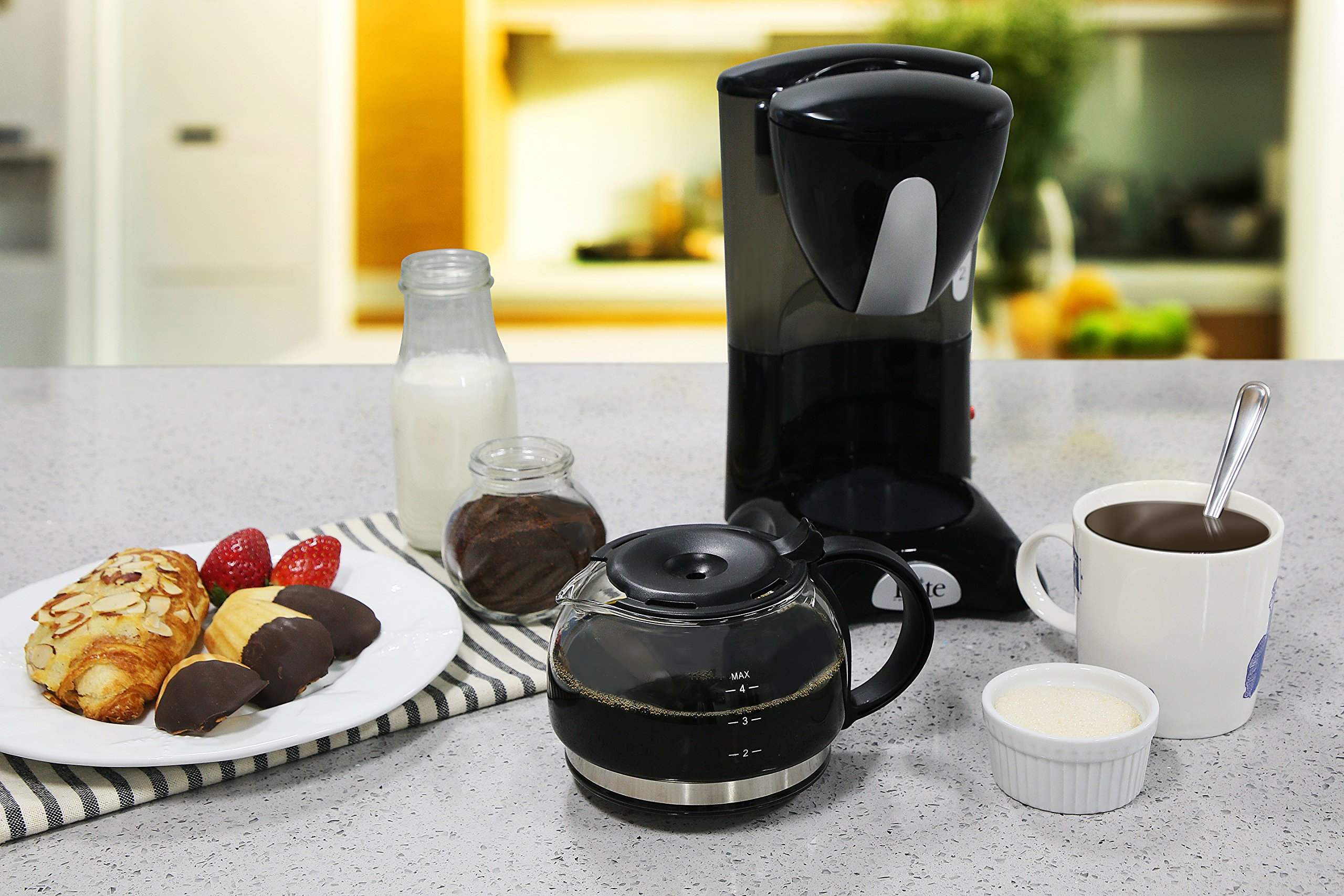Elite Cuisine EHC-2022 Maxi-Matic 4 Cup Coffee Maker with Pause and Serve, Black by Maxi-Matic (Image #9)
