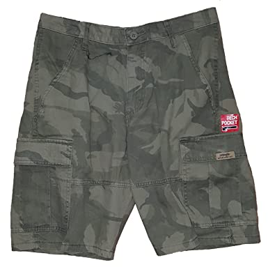 858158c415 Forest Green Camo At The Knee Cargo Shorts - 30 | Amazon.com