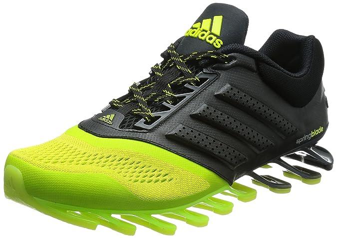 factory price 6db9e f8224 adidas Springblade Drive 2, Uomo, Nero, 42 2 3  Amazon.it  Sport e tempo  libero