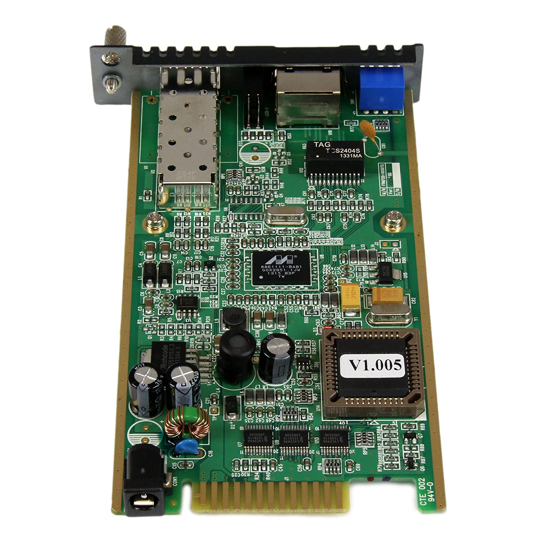 StarTech.com ET91000LC2 1000 Mbps Fiber Media Converter with LC 550 m