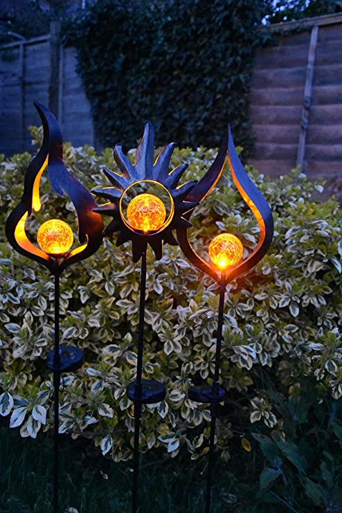 Solar Powered Metal Stake Led Garden Light Outdoor Flame Effect