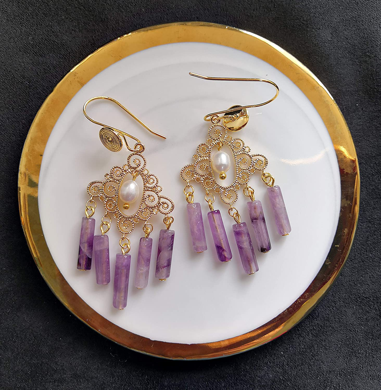Indian Initiation Serie de Civilizaciones Antiguas 2020 Perlas de amatista y barrocas de agua dulce hechas a mano Pendiente de borla en ganchos chapados en oro