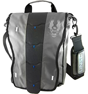 1a69beeb8e Amazon.com  The Coop Halo Infinity Courier Messenger Bag  Video Games
