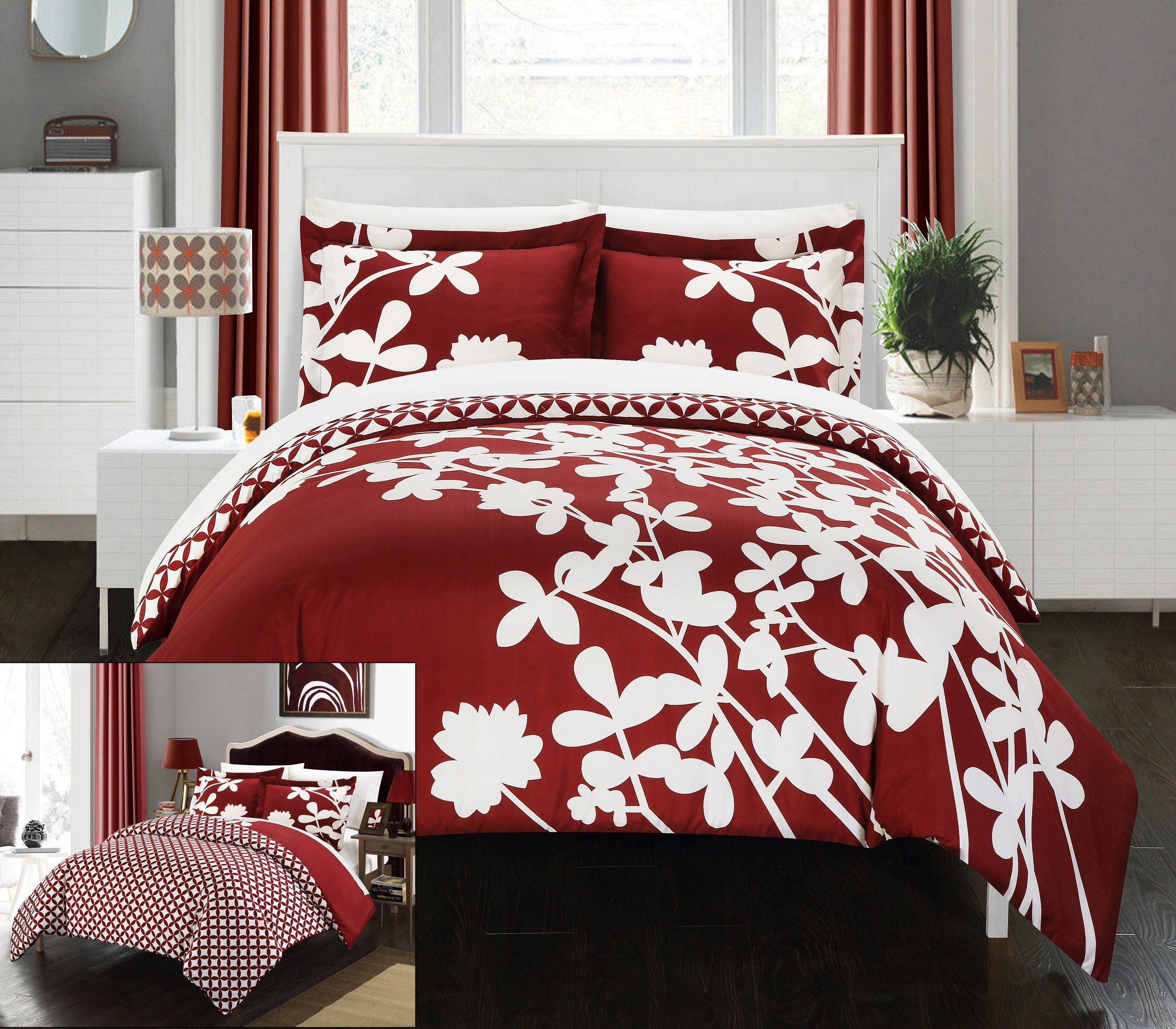 Chic Home 7 Piece Calla Lily Reversible large scale floral design printed with diamond pattern reverse King Duvet Cover Set Red With sheet set by Chic Home