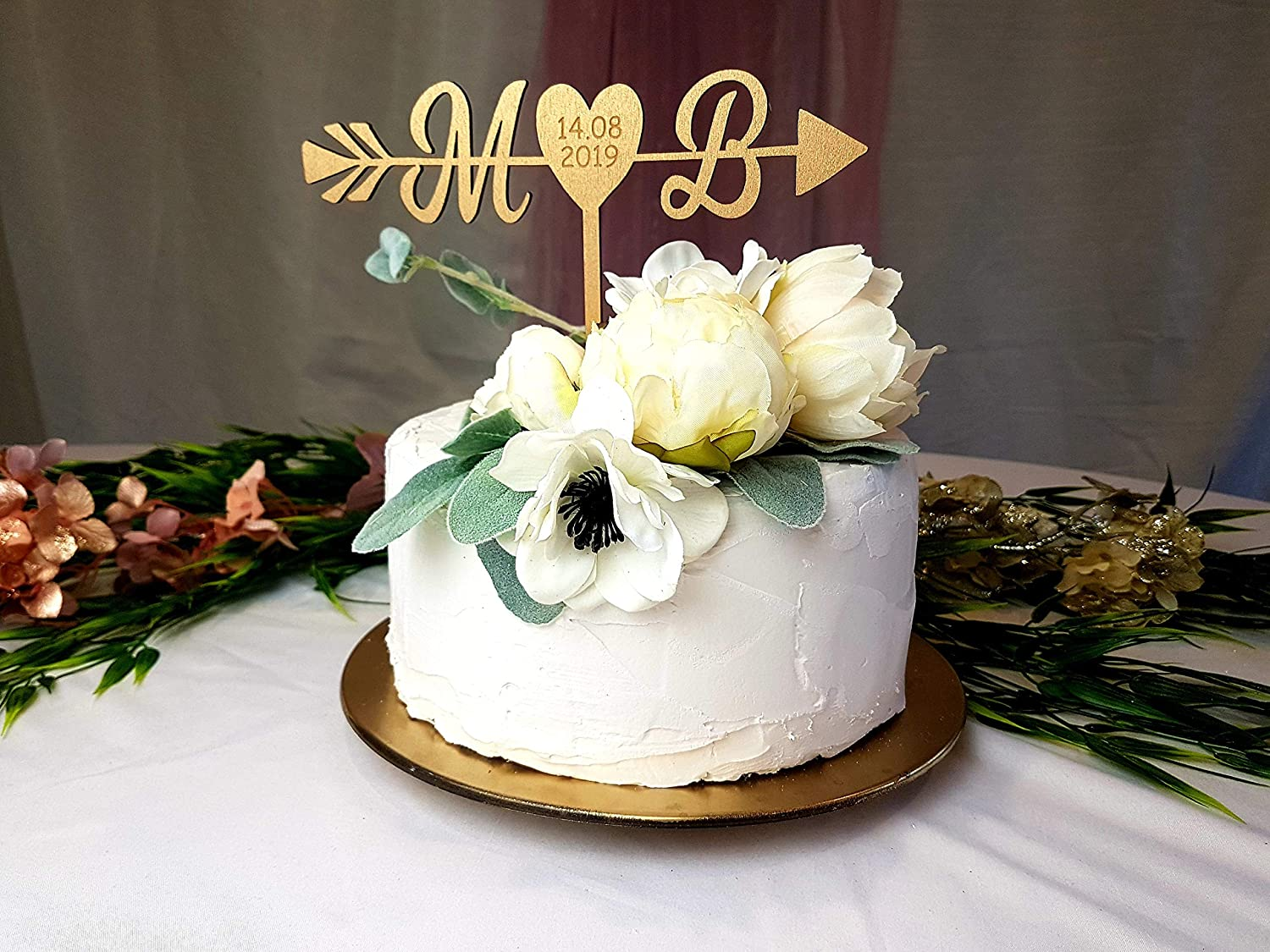 Amazon Com 659parkerrob Gold Engraved Cake Topper Pearl