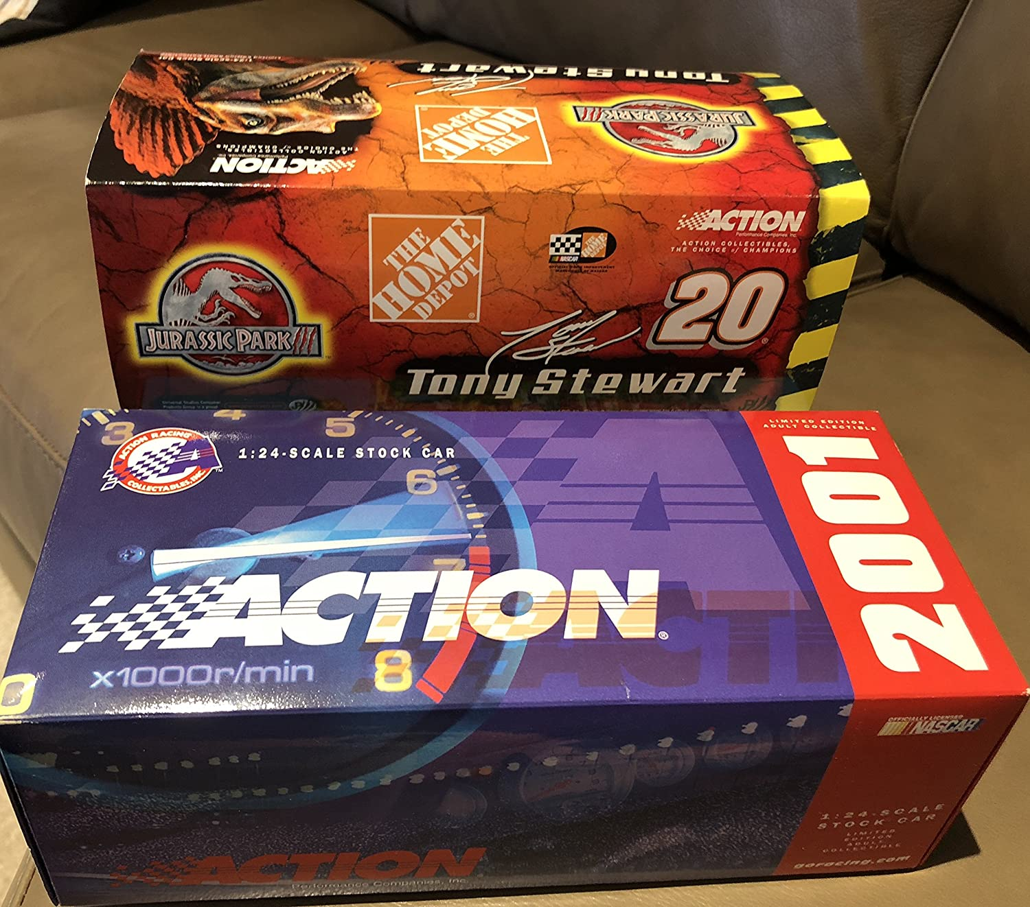 Tony Stewart #20 Jurassic Park III Home Depot Pontiac Grand Prix 1/24 Scale Diecast Hood Opens Trunk Opens HOTO Limited Edition Action Racing Collectables 2001