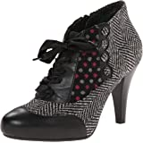 Poetic Licence Women's Betseys Buttons Boot