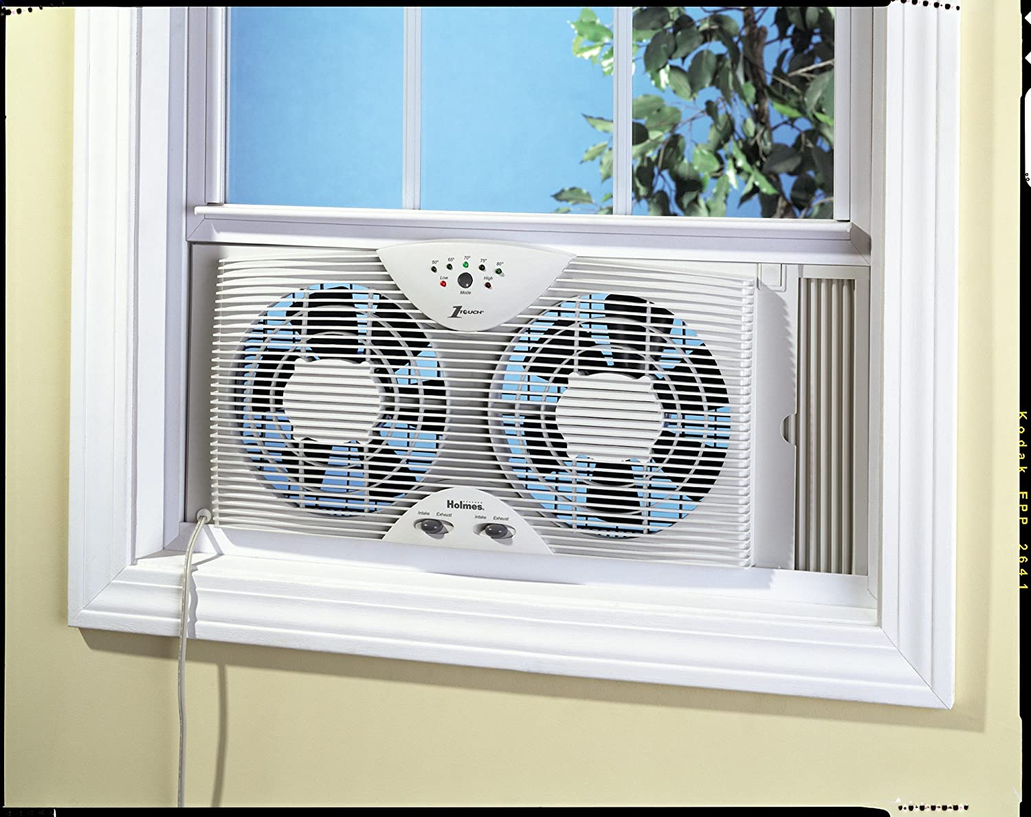 Amazon.com: Holmes Dual Blade Twin Window Fan With One Touch Thermostat:  Home U0026 Kitchen