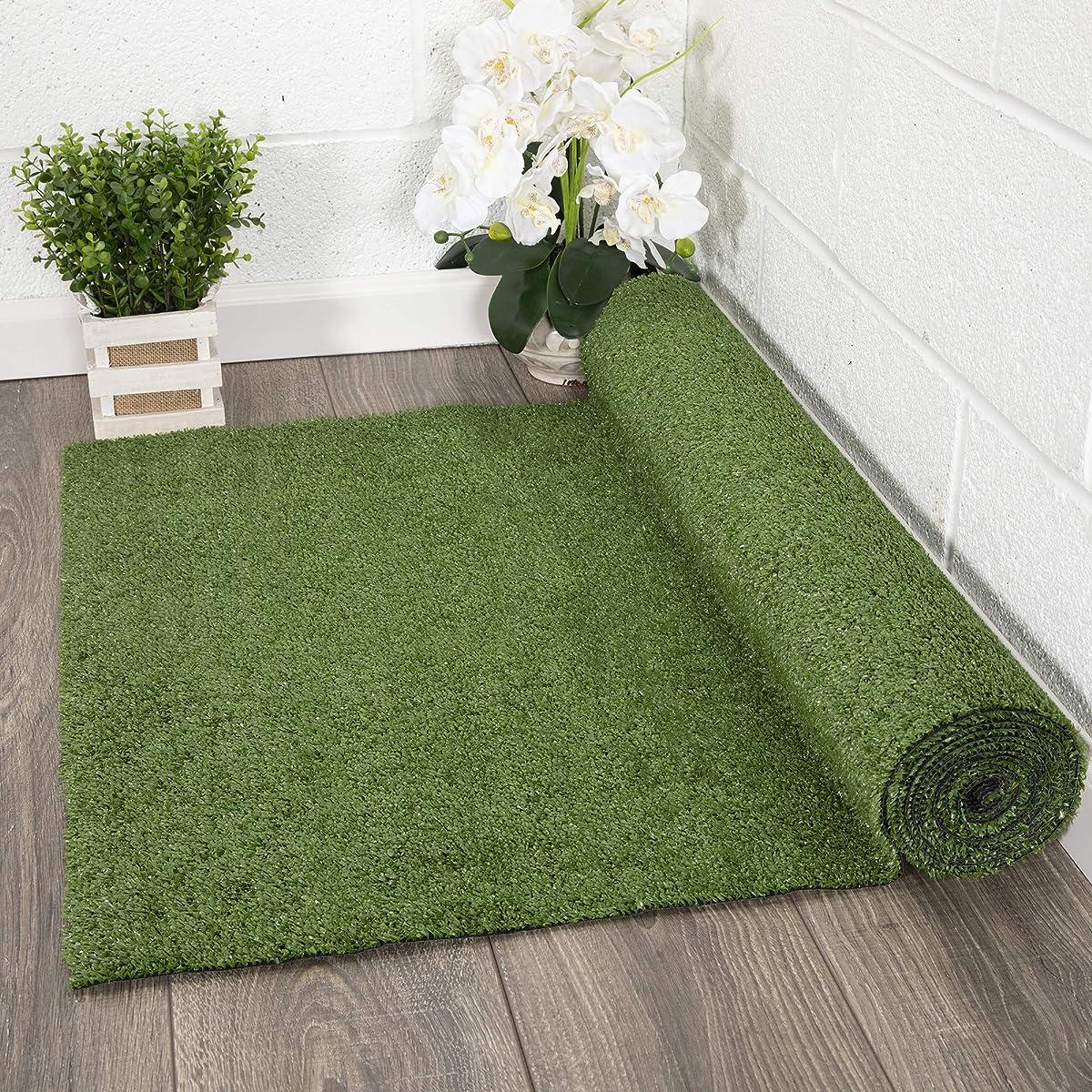 "Ottomanson Evergreen Collection Indoor/Outdoor Green Artificial Grass Turf Solid Design Runner Rug, 27"" x 8"