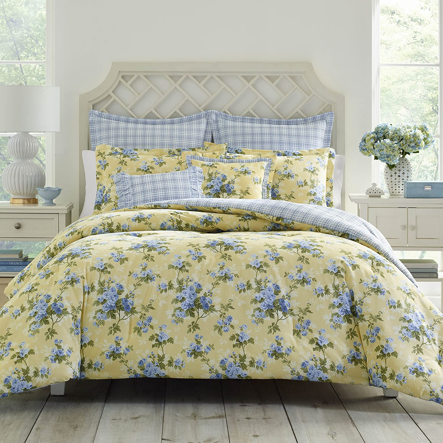Laura Ashley Cassidy Comforter Set, Full/Queen, Pastel Yellow