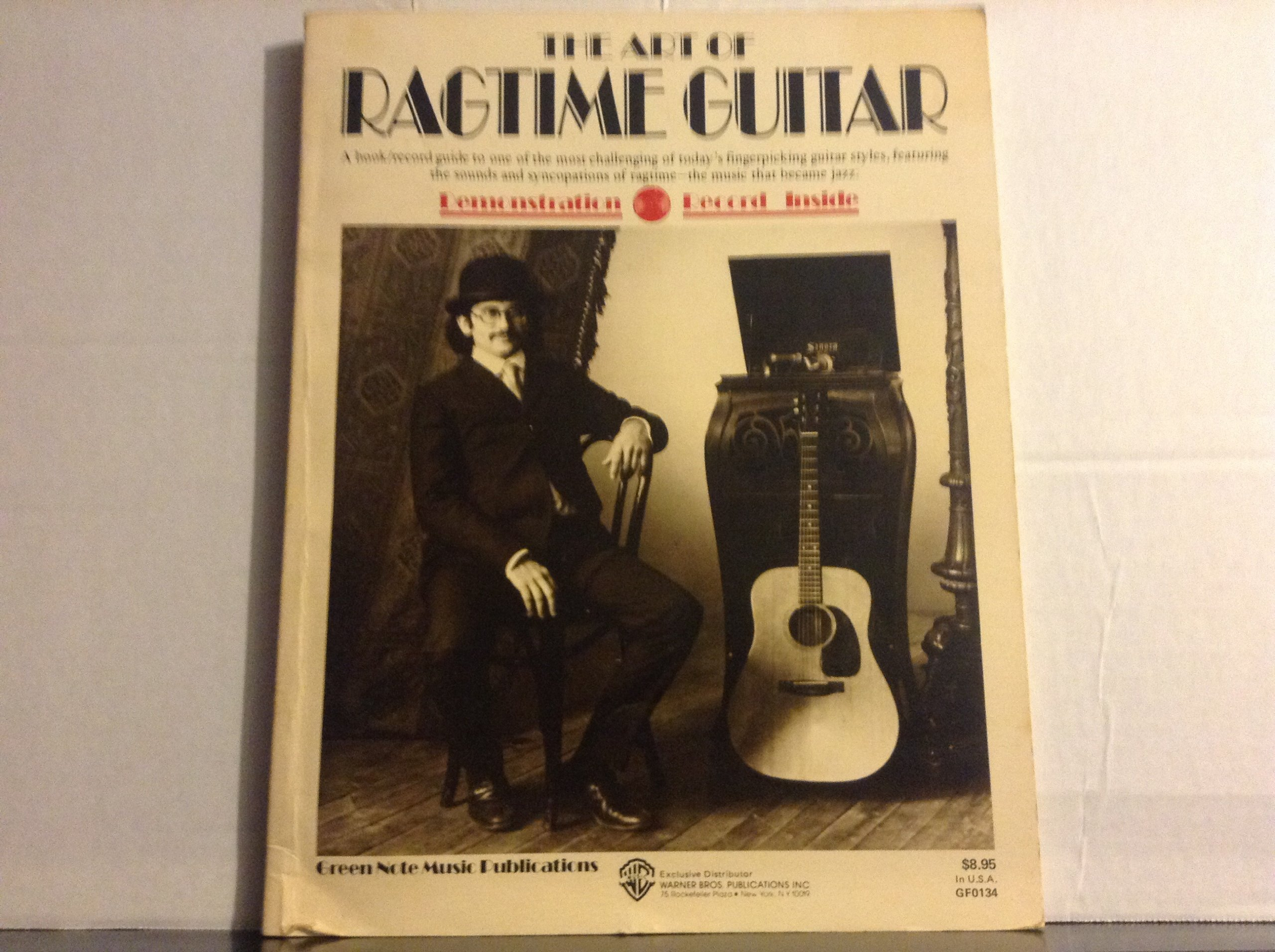 The Art of Ragtime Guitar: Amazon.es: Straw Dog, Saslow, Richard ...