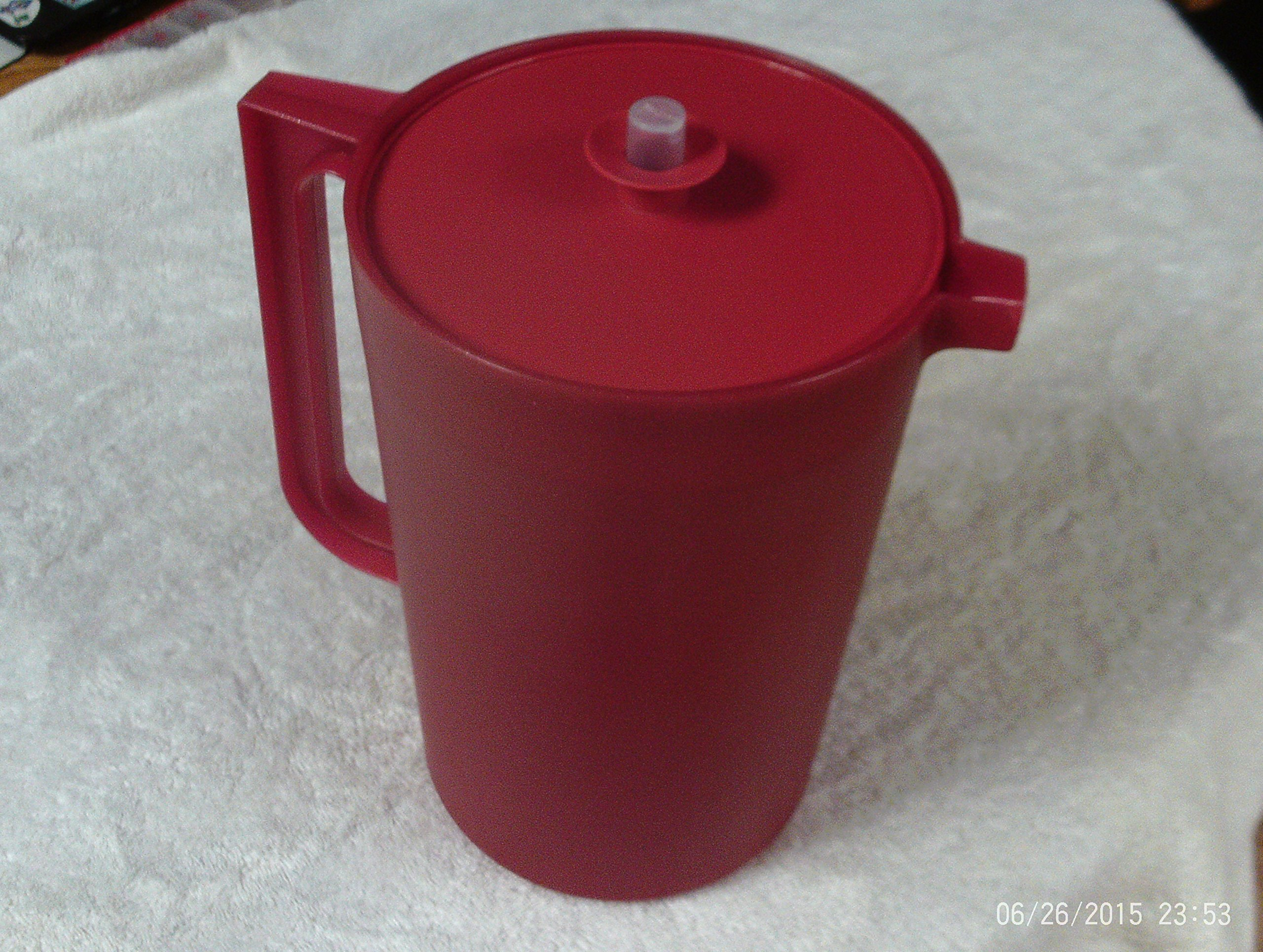 TUPPERWARE 1 GAL SHEER PITCHER/SPARKLE WITH CLEAR BUTTON