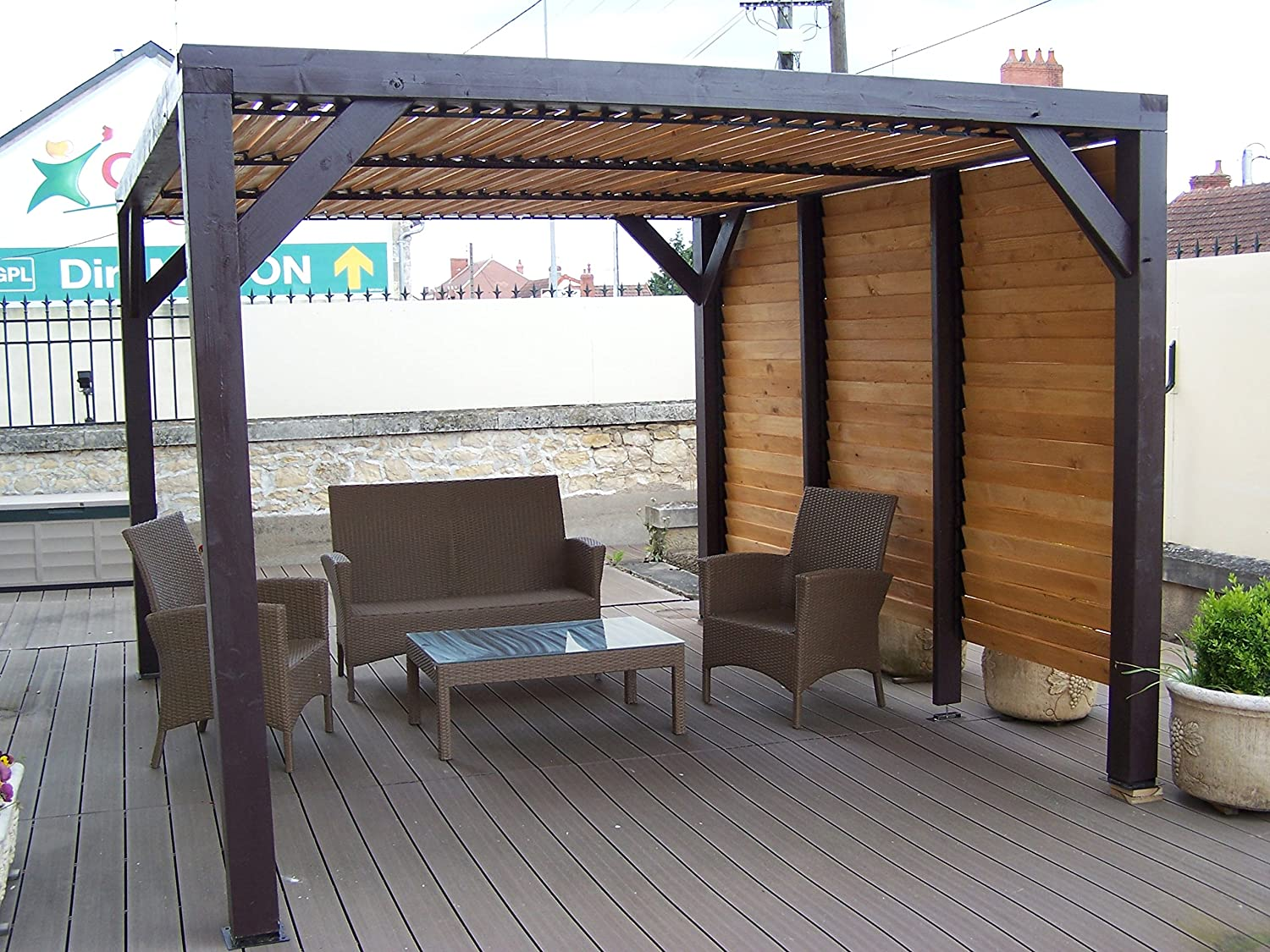 terrasse bois avec pergola simple terrasse avec pergola. Black Bedroom Furniture Sets. Home Design Ideas
