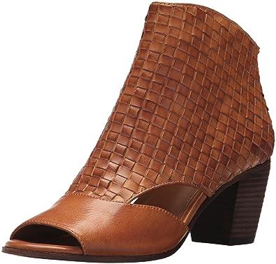 ea1354e5503 Patricia Nash Women s Rosetta Heeled Sandal tan 36 ...