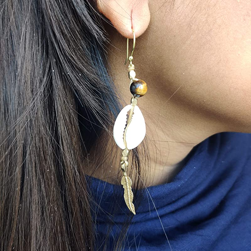 modern threaded drop-earrings O/'AHU tribal-bohemian style authentic raw Cast in brass from natural Cowrie shells gem Favorite pair