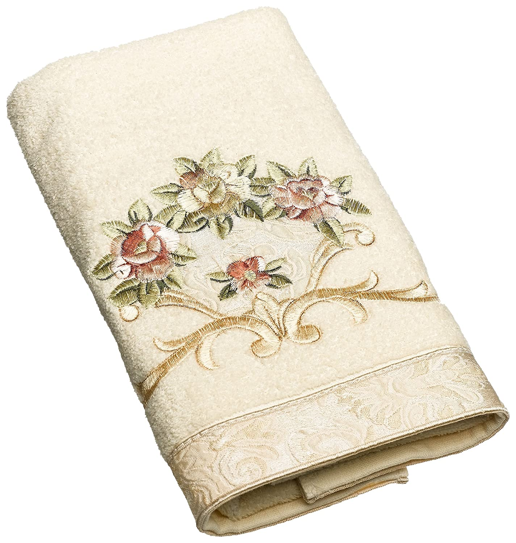 Amazon.com: Avanti Linens Rosefan - Toalla de baño: Home ...