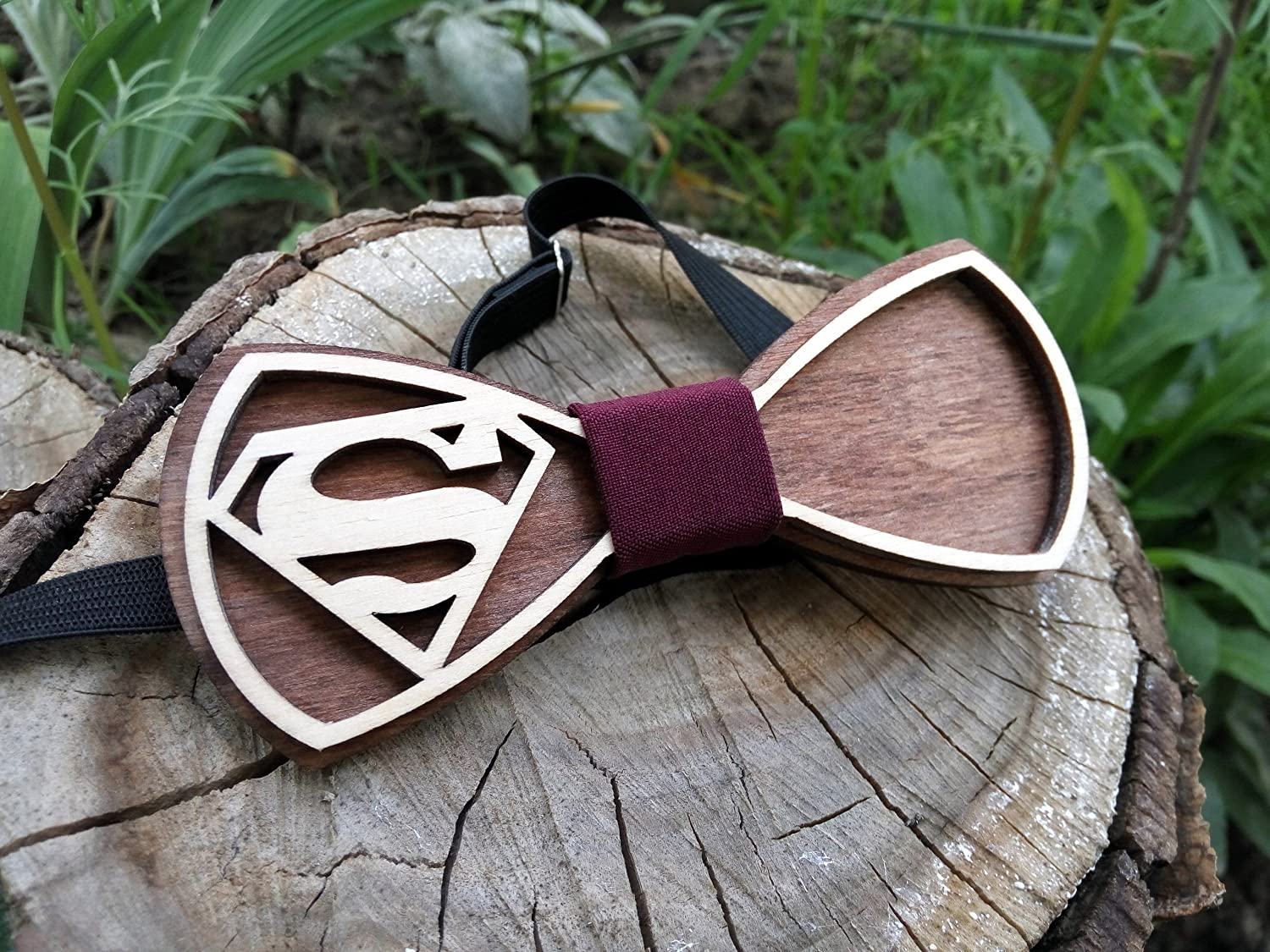 Superman Wooden Bow Tie / Wood Bow Tie / Super Hero Boys Bowtie / Wood Bowtie / Wooden Bowtie / Mens Bow Tie. 100% Hand Made - Mens Gift